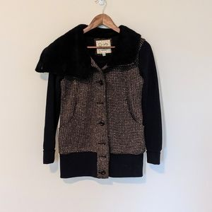 Orb Jacket Teed Front Faux Fur Collar size small